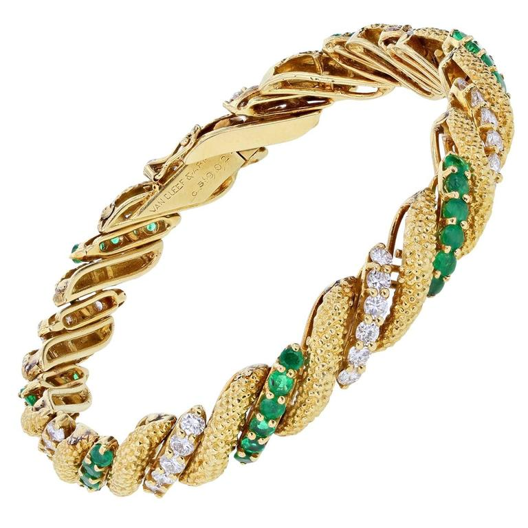 Van Cleef & Arpels Emerald Diamond Gold Bracelet