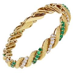 Van Cleef & Arpels Emerald Diamond Gold Bracelet