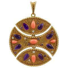 1972 Van Cleef & Arpels Coral Amethyst Diamond Gold Pendant