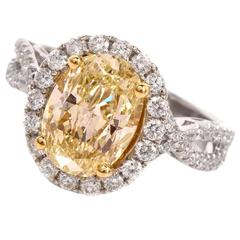 2.93 Carat GIA Cert Natural Fancy Light Yellow Diamond Gold Engagement Ring