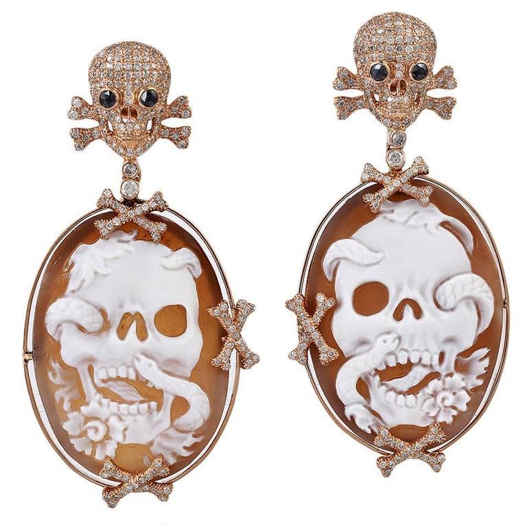 Skull Cameo Diamond Gold Earrings  1