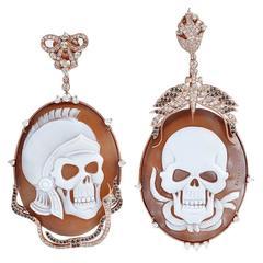 Skull Cameo Earring with Diamond