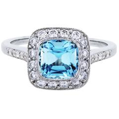 Tiffany & Co. Legacy Aquamarine Diamond Platinum Ring