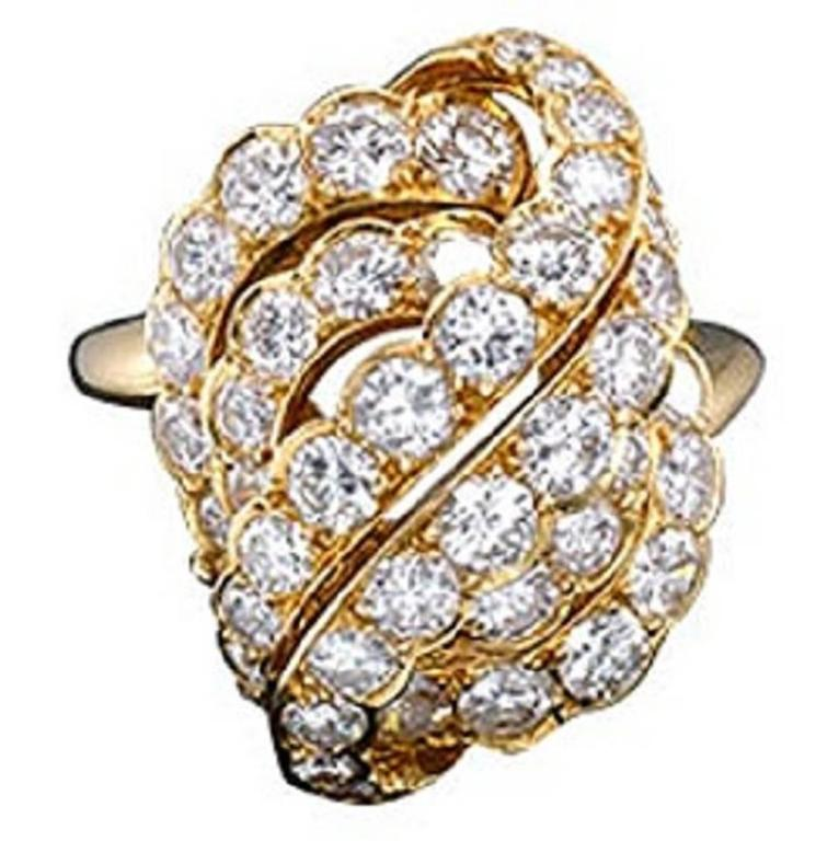 1970s Van Cleef & Arpels Diamond Gold Ring