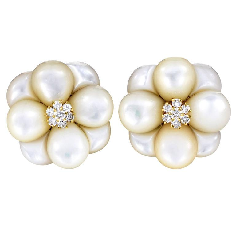 Van Cleef & Arpels Mother-of-Pearl Diamond Gold Flower Earrings