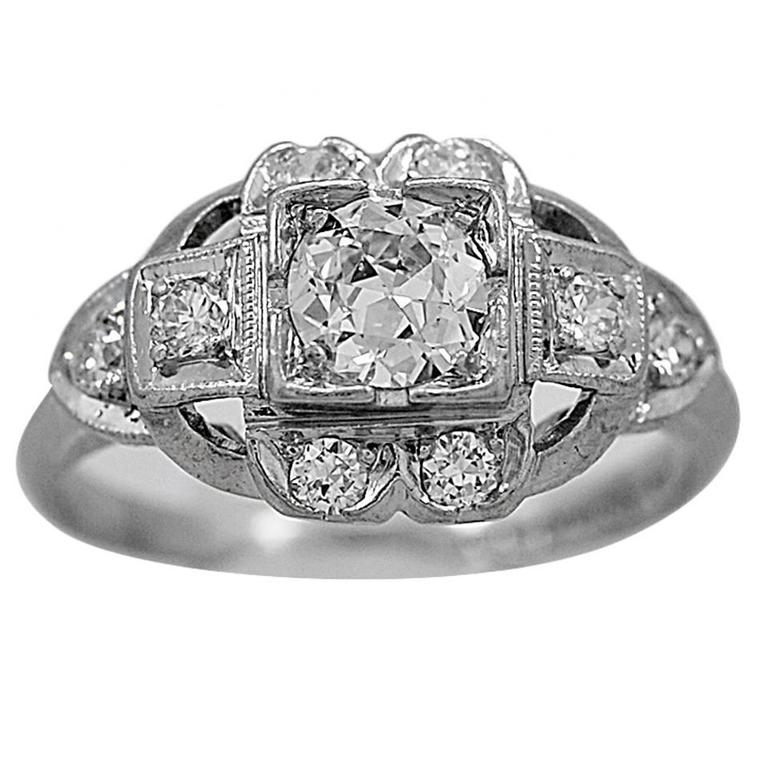 Art Deco .38 Carat Diamond Platinum Engagement Fashion Ring