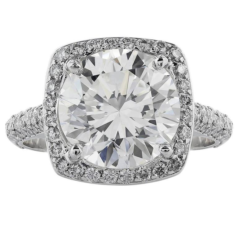 5.02 Carat J/SI1 GIA Certified Round Diamond Platinum Ring For Sale