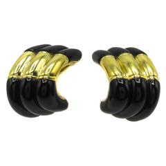 Chic Onyx Gold Ear Clips