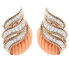Van Cleef & Arpels Coral  Diamond Gold Earclips