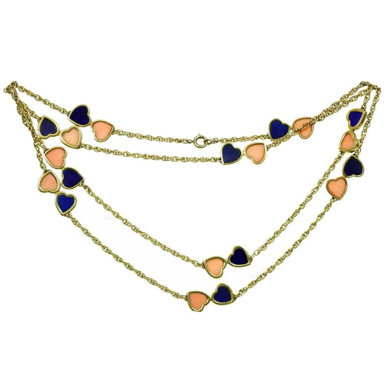 1960s Van Cleef & Arpels Pink Coral Lapis Lazuli Gold Double Hearts Necklace For Sale
