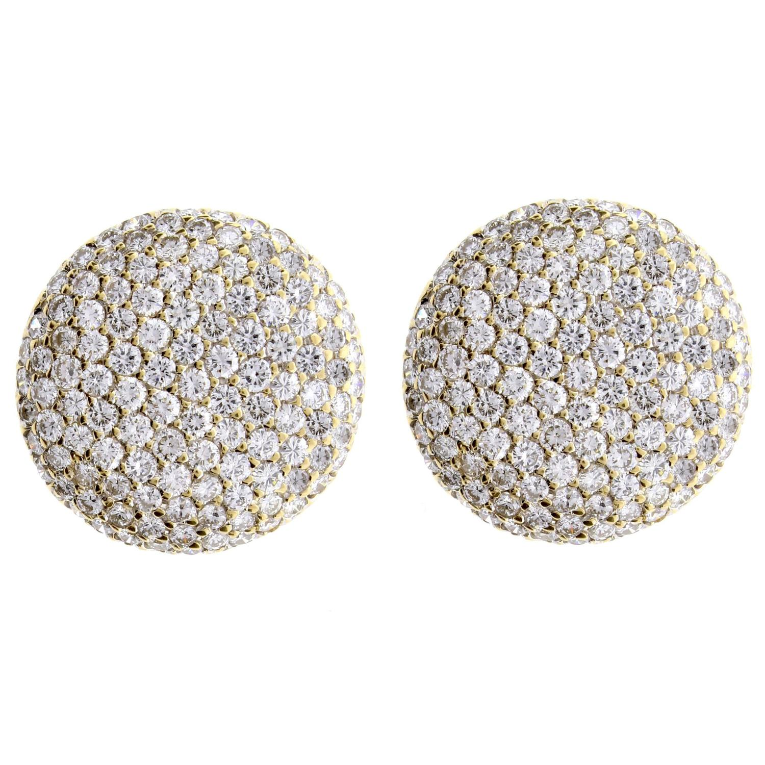 Cartier Pavé Diamond Gold Button Earrings For Sale at 1stdibs