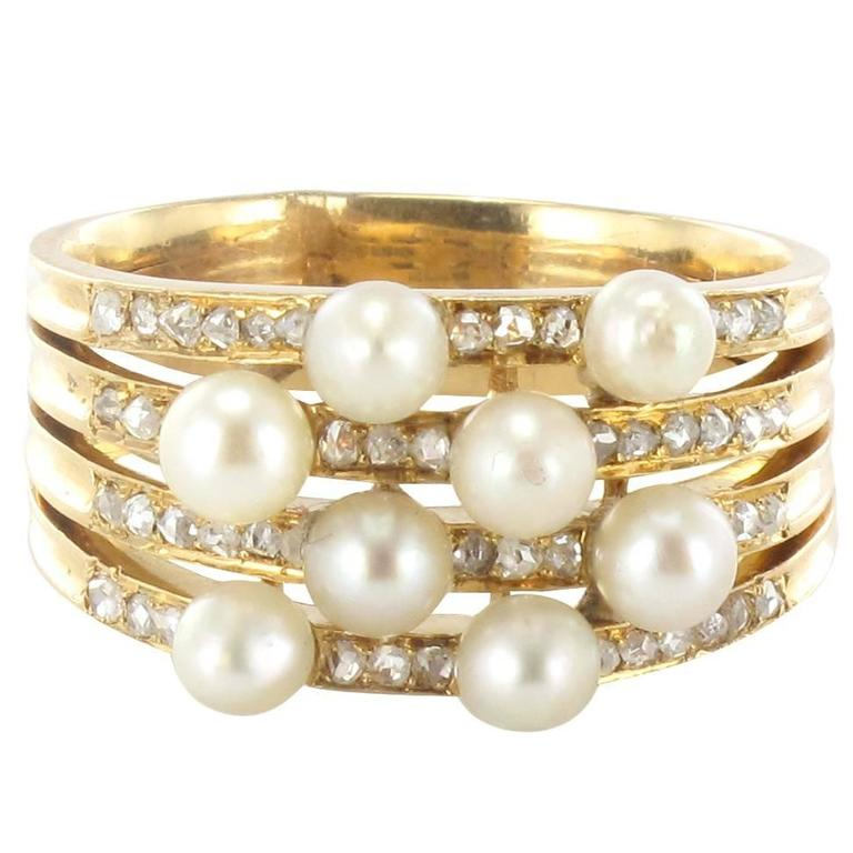 1920s Antique Diamond Pearl Gold Band Ring