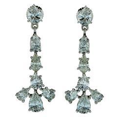4.50 Carats Diamonds Gold Earrings