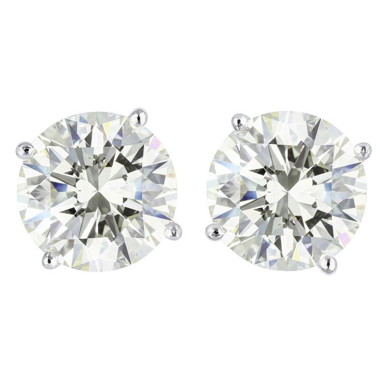 5.00 Carat Round Brilliant Cut Diamond Platinum Stud Earrings