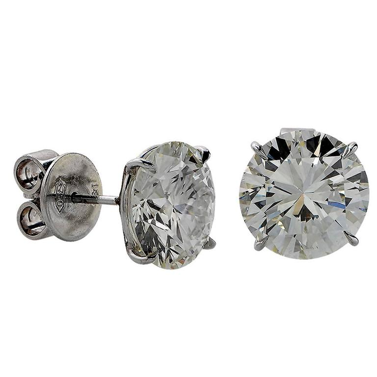2.39 Carat Diamond Solitaire Stud Earrings For Sale