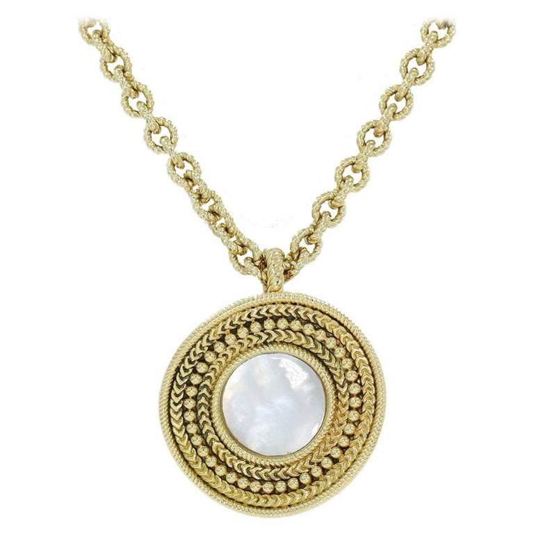 Carrera y Carrera Ruedo Collection Mother of Pearl Gold Necklace Pendant