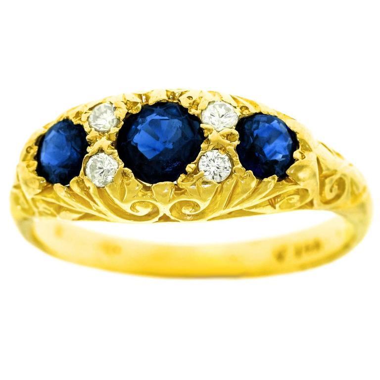Classic Sapphire Diamond Gold Ring 1