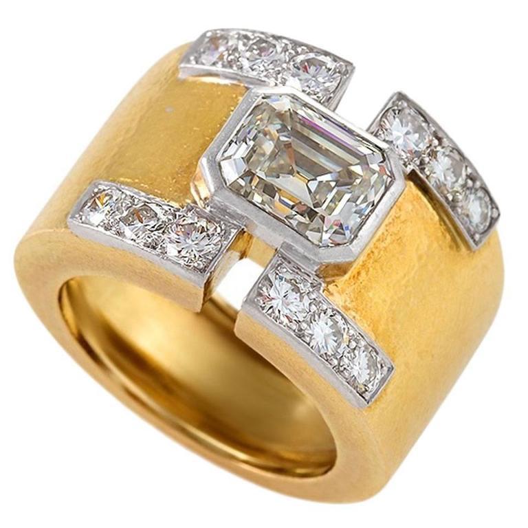 David Webb 1970's Diamond Gold and Platinum Ring