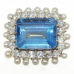 1900s 12 Carat Aquamarine Pearl Diamond Gold Brooch