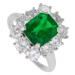 Van Cleef & Arpels 1960's Emerald Diamond Platinum Cluster Ring