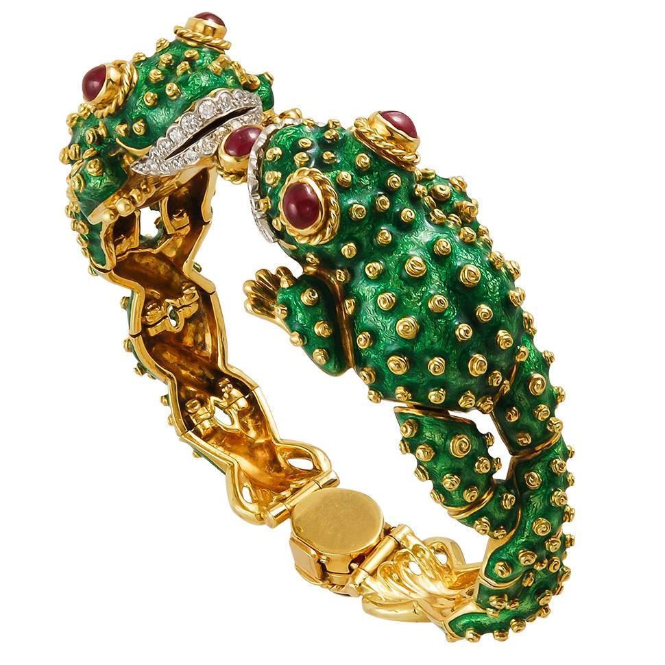 David Webb 18k Gold Baby Frog Cuff Bracelet in Green Enamel AIKXJuV