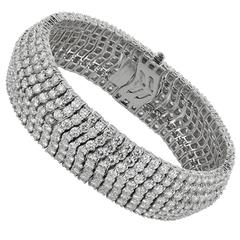 Round Brilliant Diamonds Platinum Flexible Bracelet