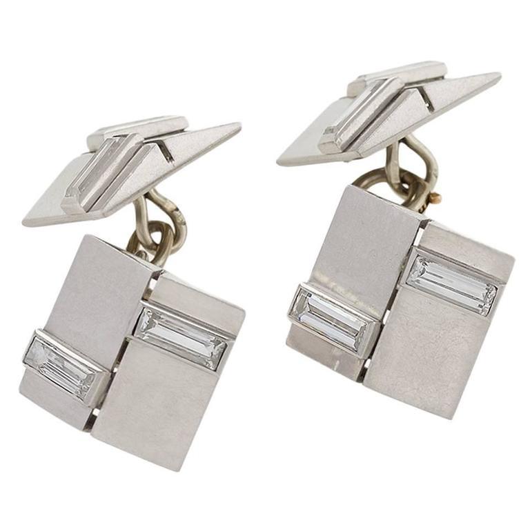 Van Cleef & Arpels Paris 1930's Art Deco Diamond and Platinum Cuff Links