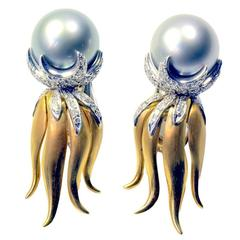 Marion Jeantet Bicolour Tahitian Pearl Diamond Gold Ear Clips