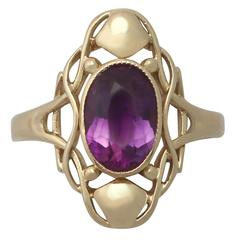 1900s 1.13 Carat Amethyst and Yellow Gold Cocktail Ring