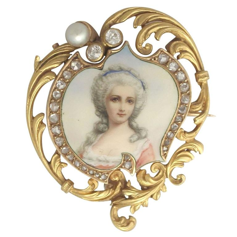 1880s French 0.33 Carat Diamond and Pearl, Enamel and 18k Yellow Gold Brooch For Sale