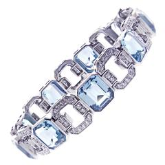 Important Aquamarine and Diamond Bracelet