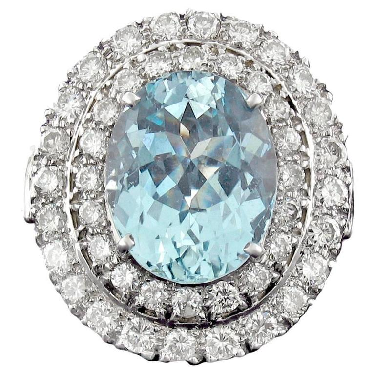 Aquamarine and Diamond Ring in White Gold For Sale