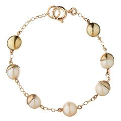 Cultured Freshwater Pearl and 9 Carta Yellow Gold 'Lunar' Bracelet