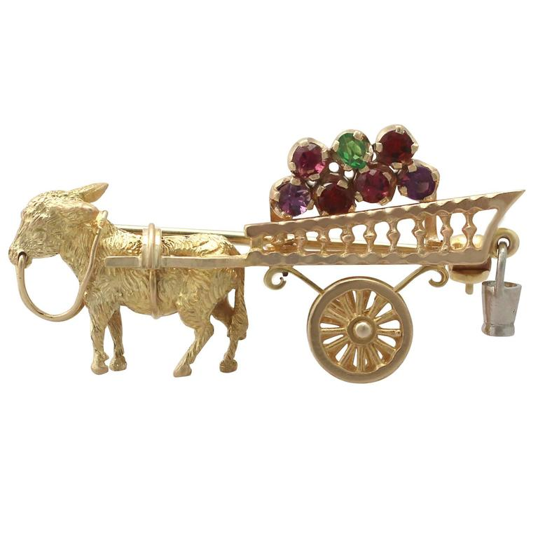1960s Amethyst, Garnet and Peridot, Yellow Gold 'Donkey and Cart' Brooch For Sale
