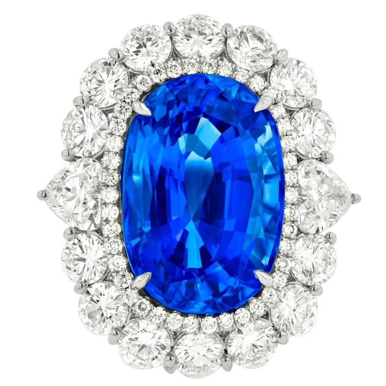 Fine Ceylon Sapphire and Diamond Ring For Sale