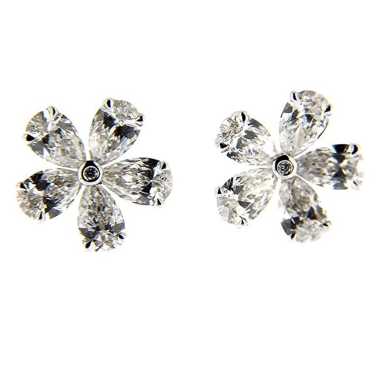 Jona White Diamond 18k White Gold Flower Earrings
