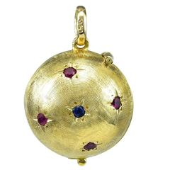 Gold Gemset Charm for Six Pictures