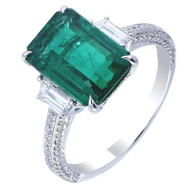 2 57 carat green emerald ring for sale at 1stdibs