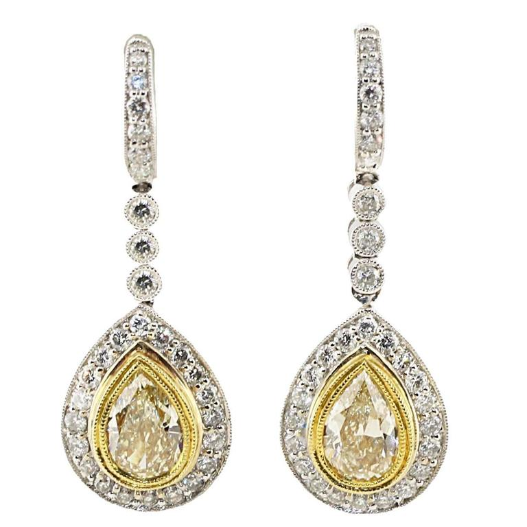 4.75 Carat White and Yellow Diamond Gold Dangle Drop Earrings