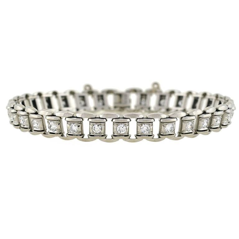 Late Art Deco 2 Carats Diamonds Platinum Link Bracelet