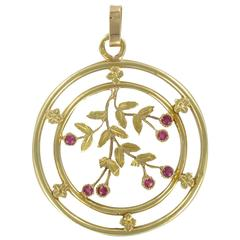 French 1900s Round Gold Pendant