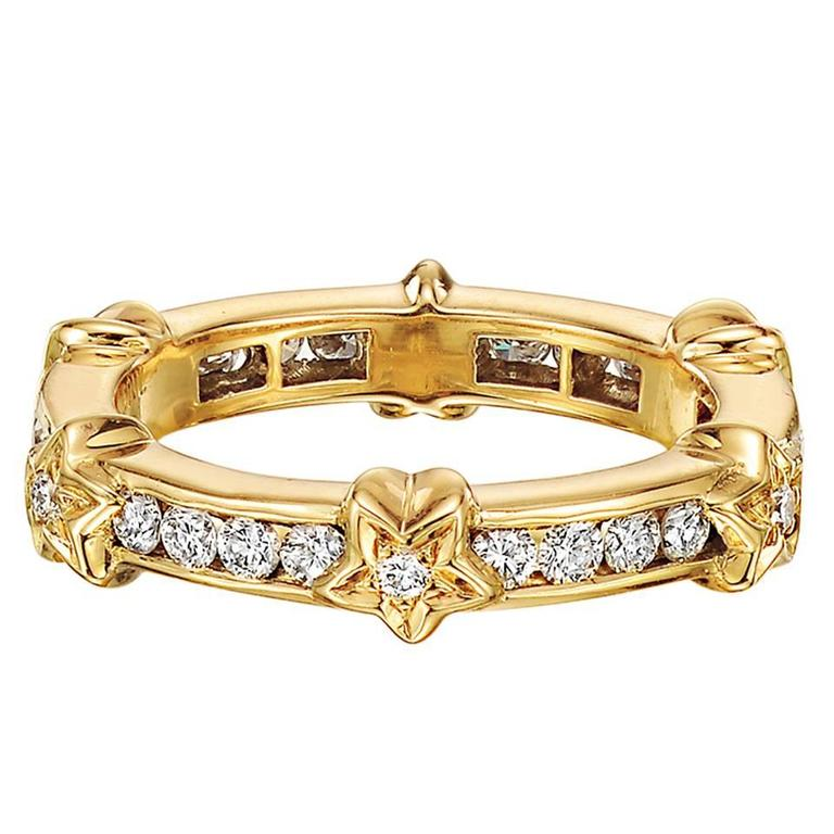Chanel Yellow Gold and Diamond Star Band Ring For Sale