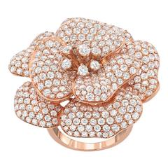 6.11 Carats Pavé Diamonds Gold Flower Ring