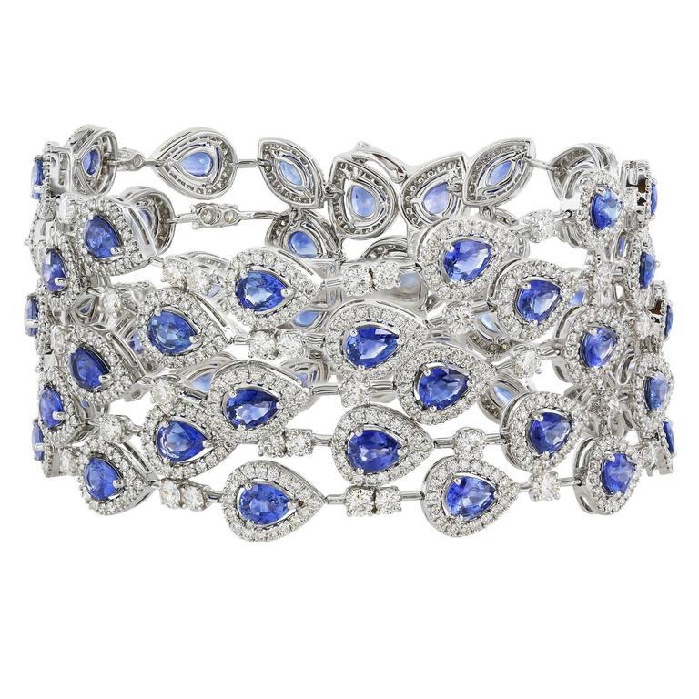 19.48 Carat Sapphire 10.77 Carat Diamond Gold Bracelet