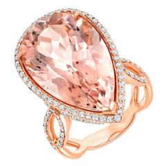 Very Desirable Pear Shaped Morganite Diamond Gold Ring