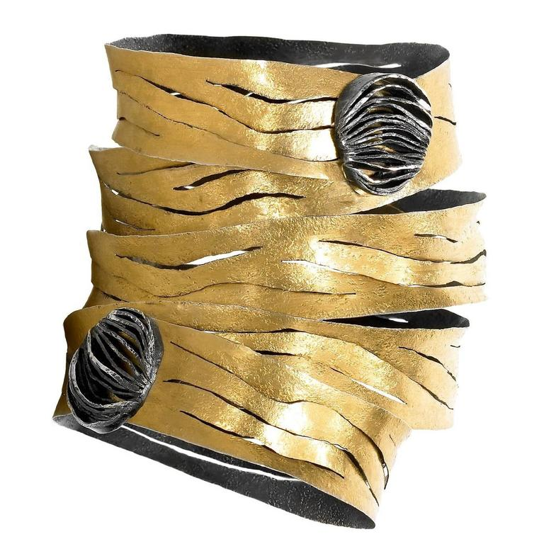 Reiko Ishiyama One of a Kind Gold Oxidized Silver Double Clasp Spiral Bracelet For Sale