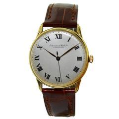 I. W. C. Schaffhausen 18 Karat Gold Men's Wrist Watch, circa 1950s Art Deco