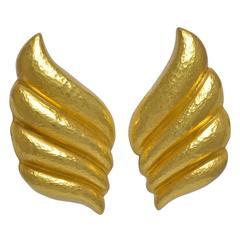 Zolotas Gold Earclips