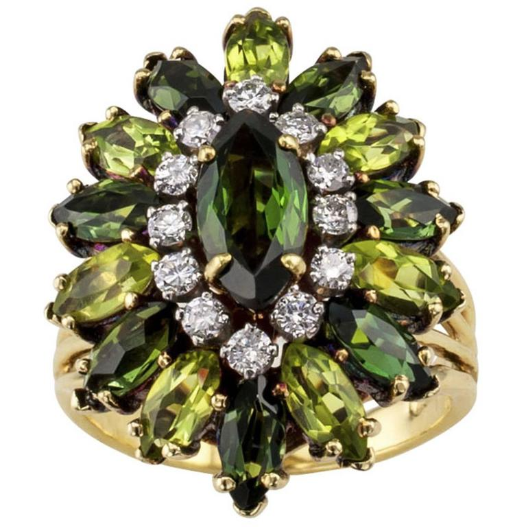 1970s Green Tourmaline Diamond Gold Ring