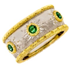 Italian Emerald 18 Karat White & Yellow Gold Band Ring